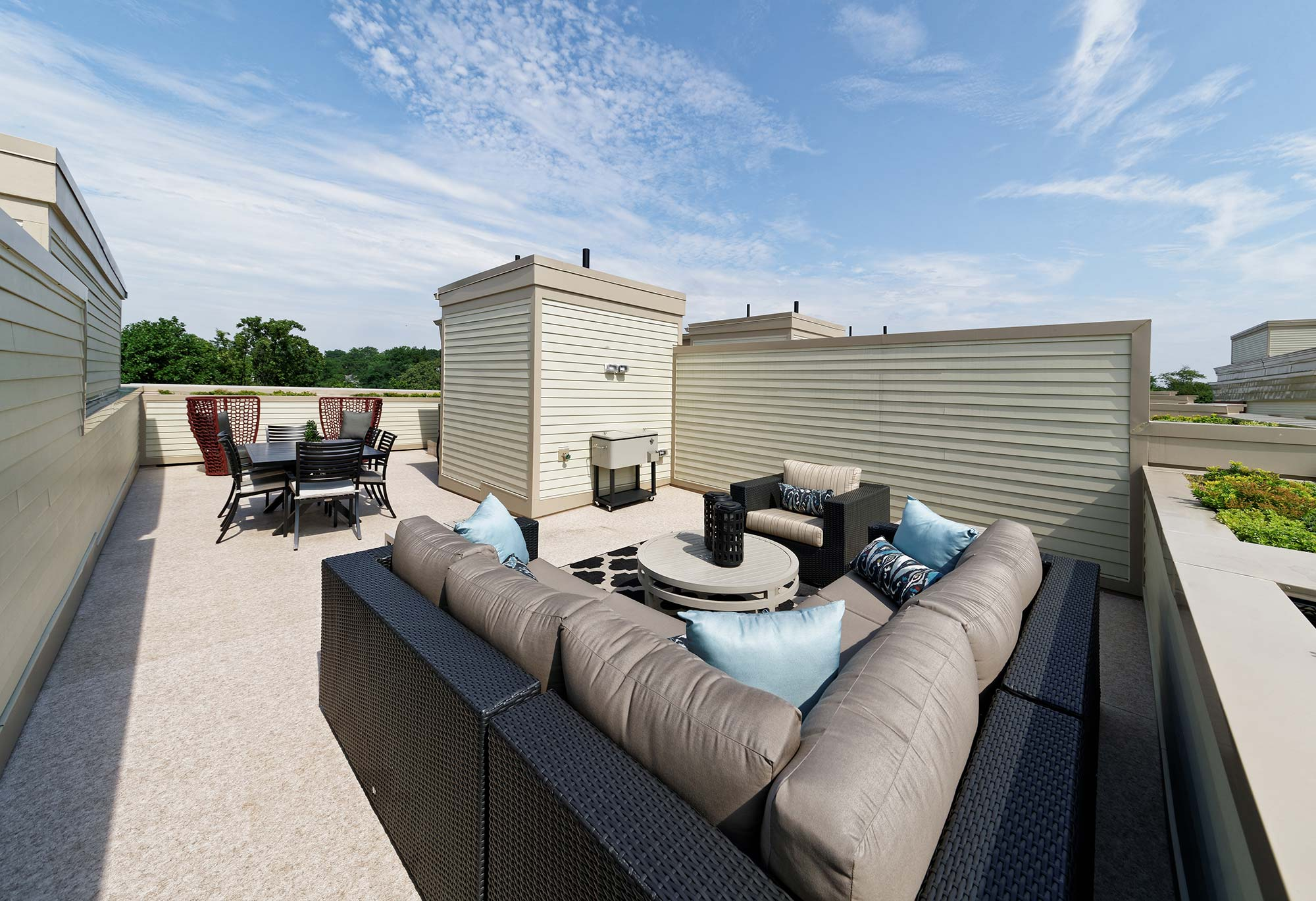 Private Rooftop Terrace, Urban Condos, Townhomes, NW DC
