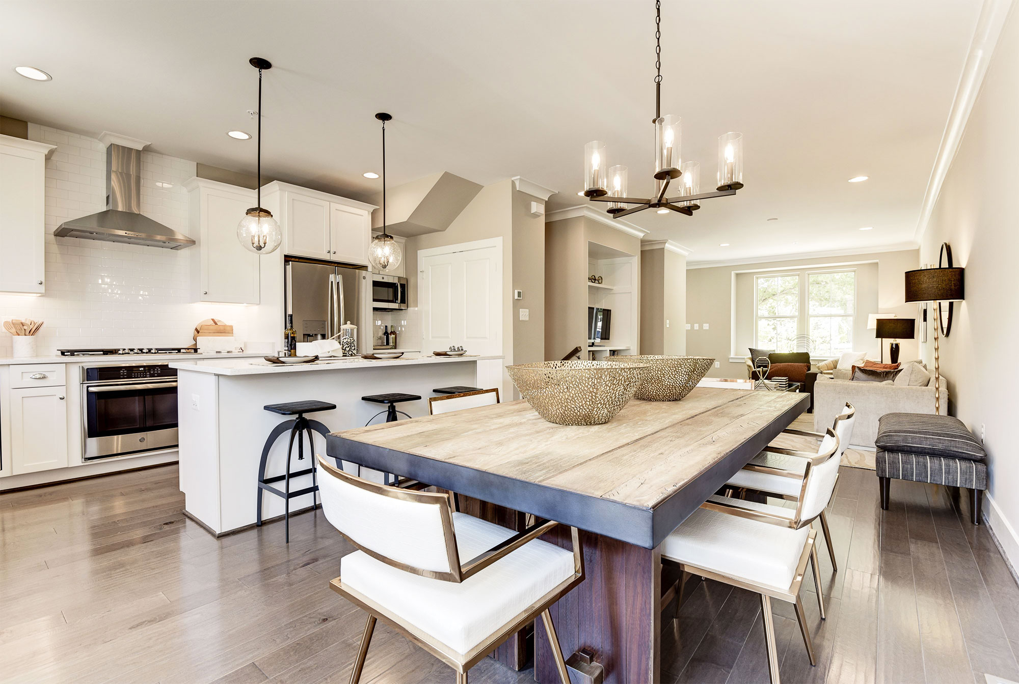 Open Kitchen & Dining Room, Urban Condos, Townhomes, NW DC